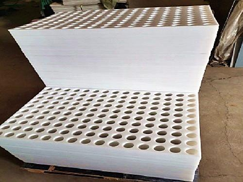 耐高温塑料杀菌锅隔板一直生产中